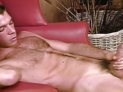 Sean Patton pops a motion picture of uncut stud Marc Brody !