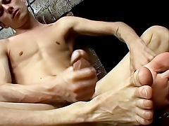Hung Homosexuals Savoury Foot Load - Phillip Ashton