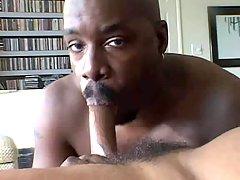 Beefy ebony fella acquires boned hard